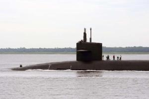 Ohio class ballistic missile submarine USS West Virginia (SSBN 736) transits the Atlantic Intracoastal Waterway as it returns to Naval Submarine Base Kings Bay, Ga. from a patrol mission. (U.S. Navy photo Mass Communication Specialist 1st Class Kimberly Clifford/Released)