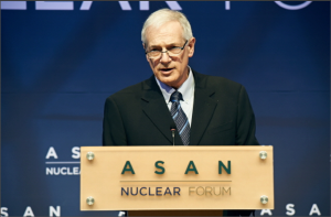 Robert Gallucci, former U.S. negotiator with North Korea at the 2013 Asan Nuclear Forum.